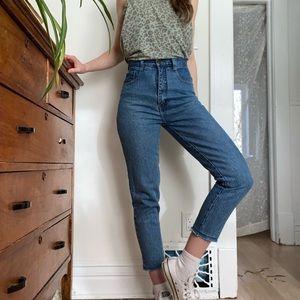 Vintage Mom Jeans   Super High Rise   size 26